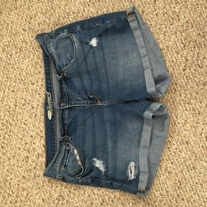 Old Navy Boyfriend cuffed shorts, Size 14